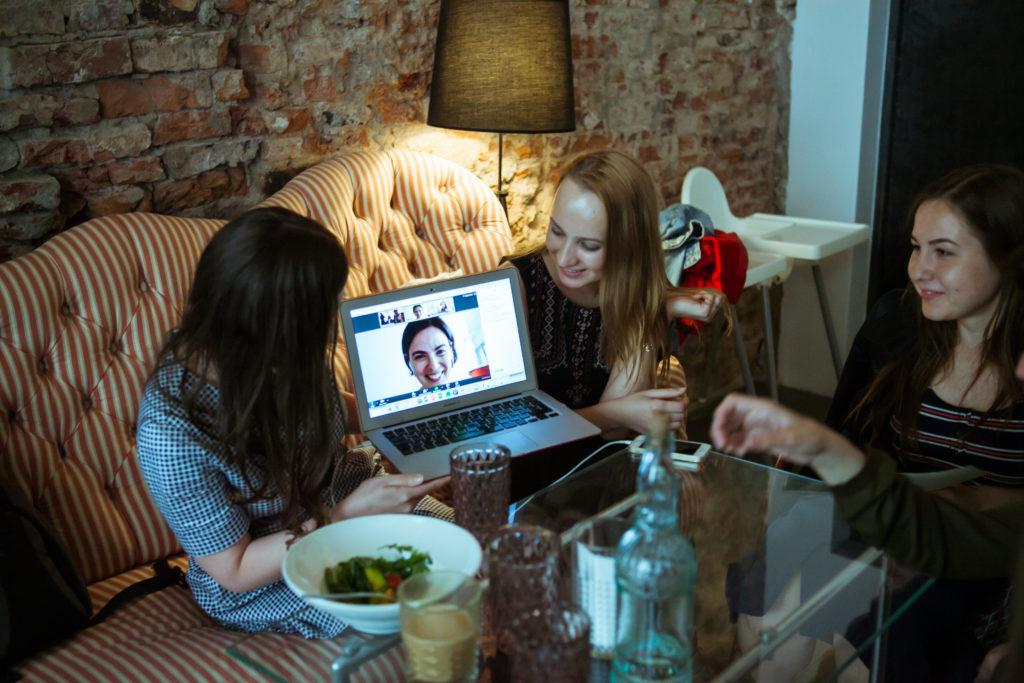 Международный день блоггера 14 июня   Блог Варвары Лялягиной Start Blog Up